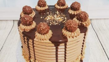 Choco Moise Cake