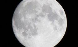 今夜は皆既月食